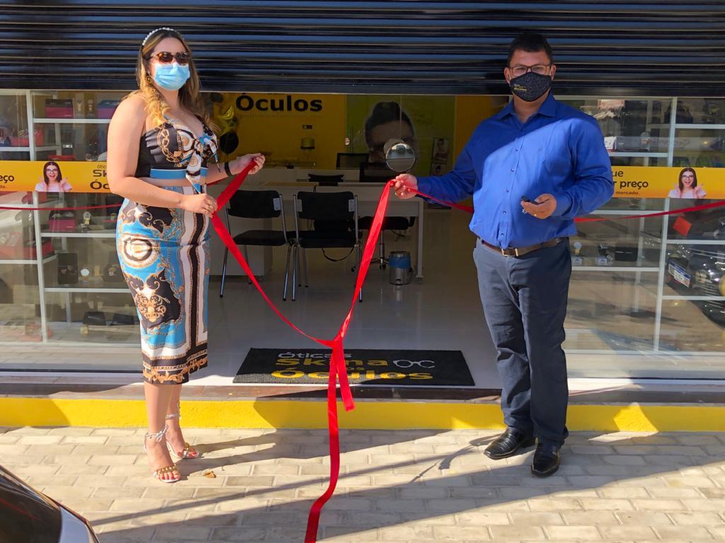 Confira as fotos da inauguração da nova Ótica Skina dos Óculos