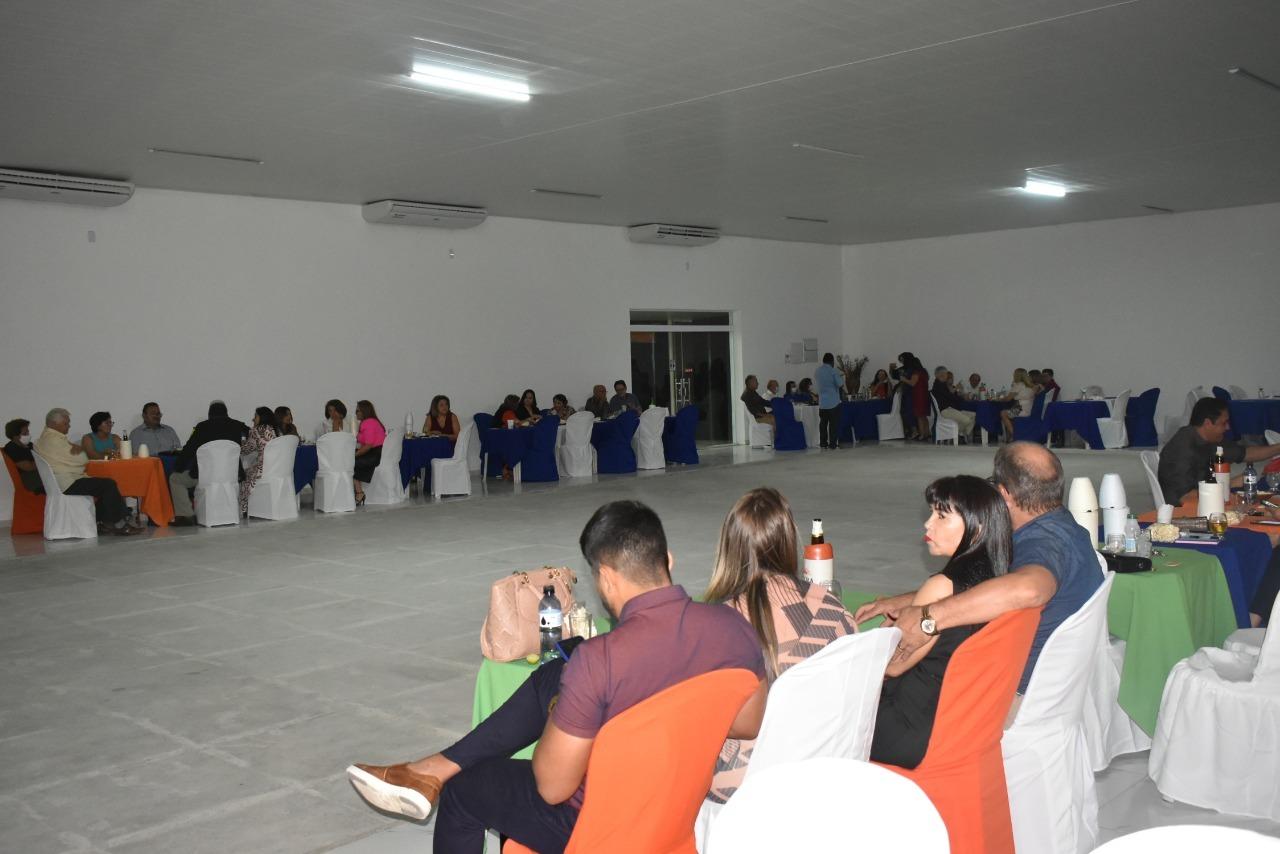 Veja as fotos da Festa dos Casais do Picoense Clube