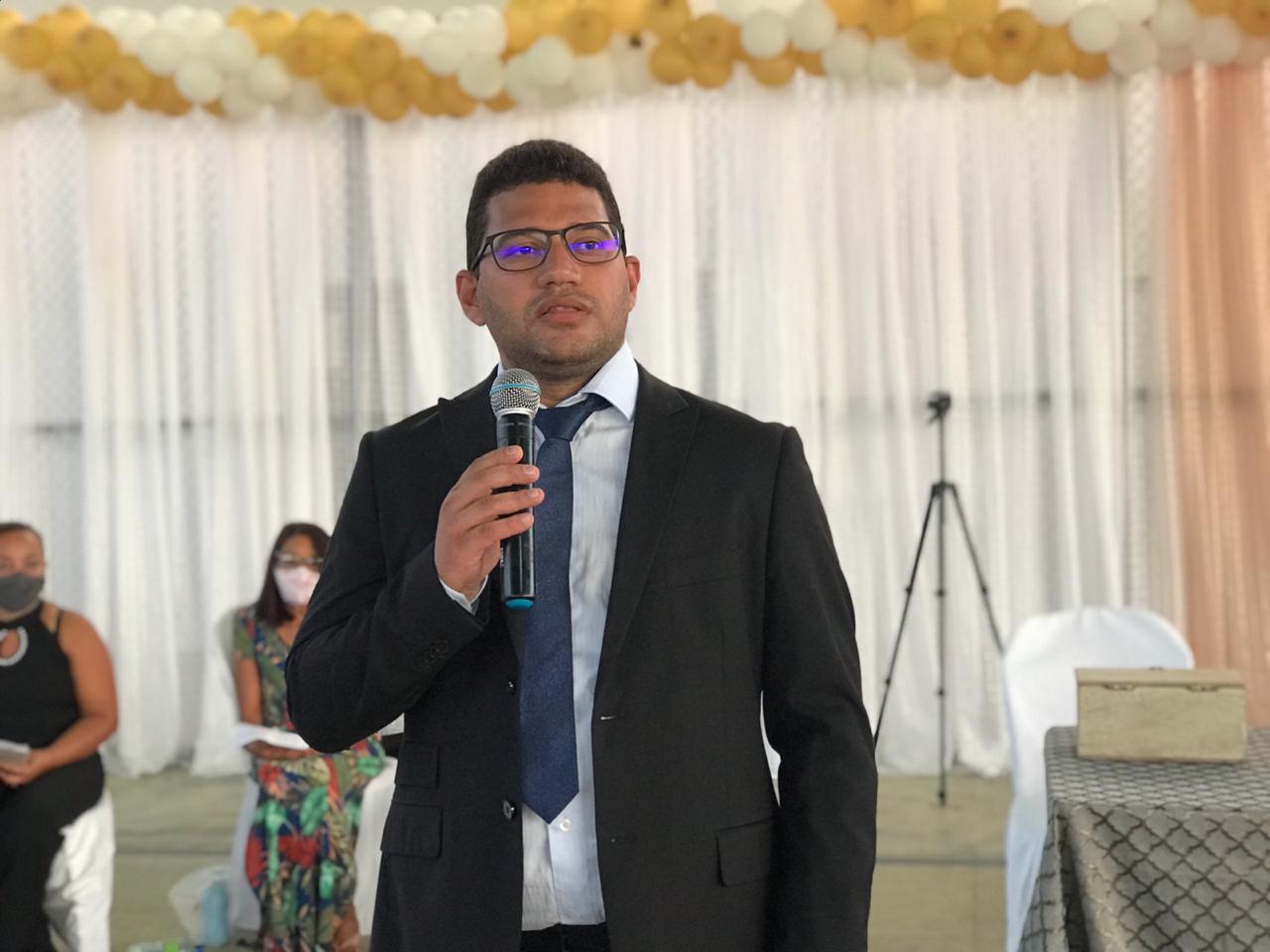 Em Paquetá do Piauí, Dr. Thales Pimentel é empossado para segundo mandato