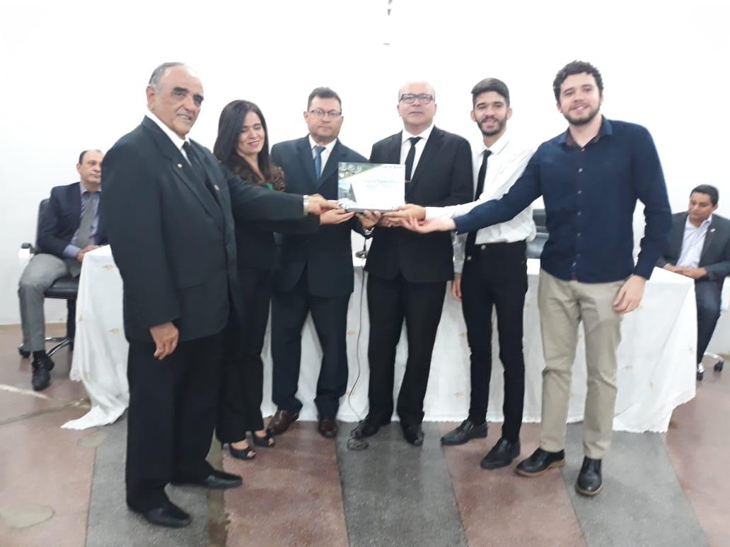 Arnaldo Alencar recebeu Titulo de cidadania picoense nesta Quinta-feira 31-10-2019