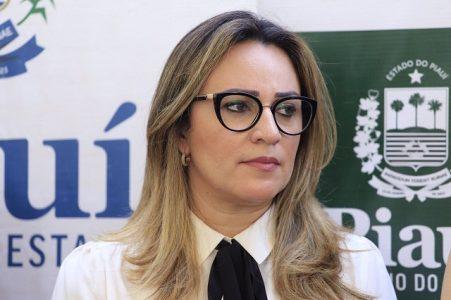 Rejane Dias descarta retorno à Secretaria de Educação