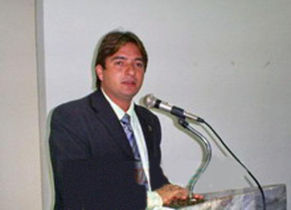 Vereador Iata Rodrigues assume liderança da bancada governista na camara de Picos