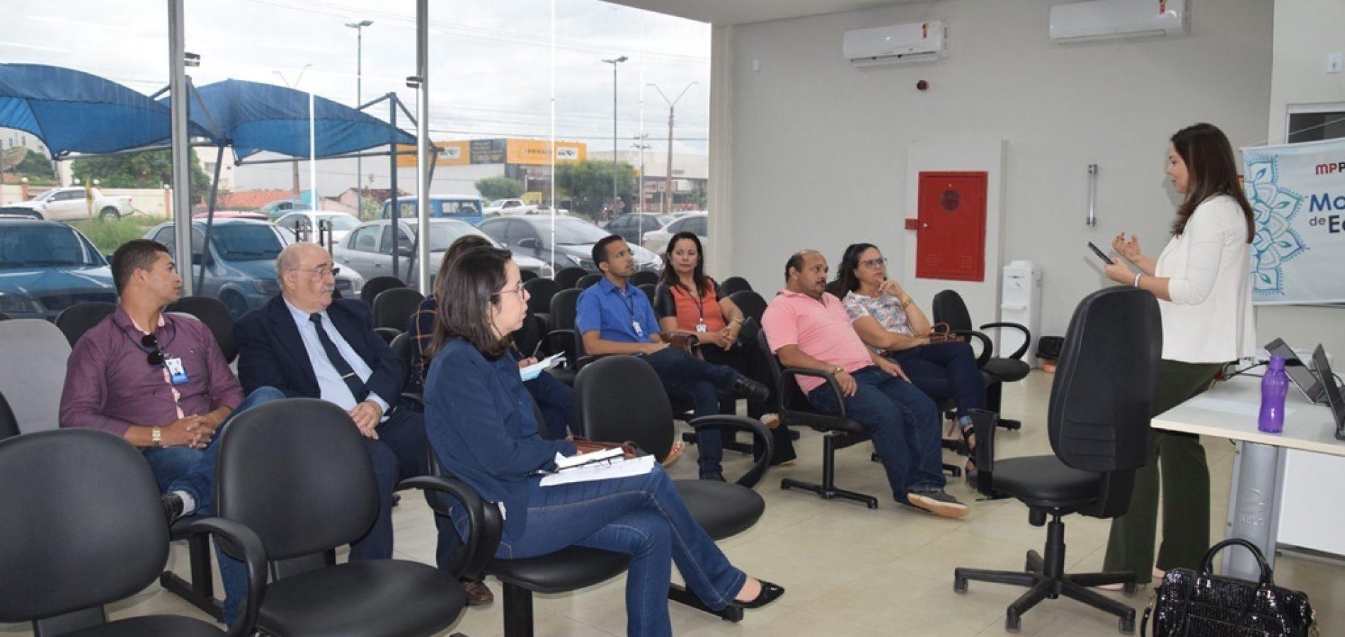 MP discute criação de abrigo para crianças e adolescentes em Picos