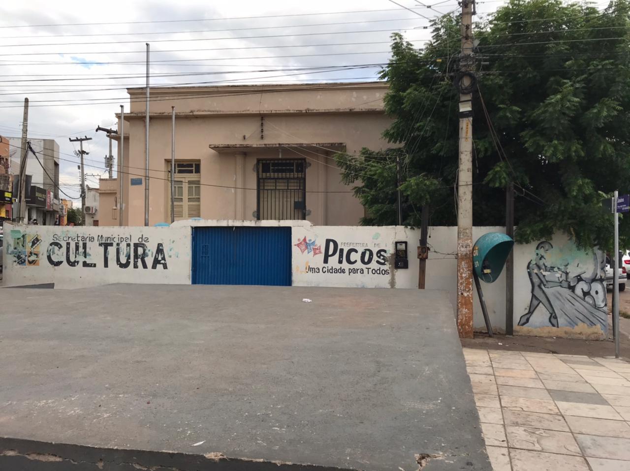 Secretaria de Cultura de Picos convoca artistas e representantes de grupos culturais para recadastramento no auxílio emergencial da Lei Aldir Blanc