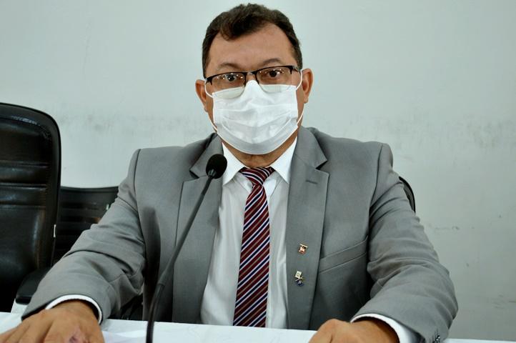 Vereador Chaguinha é eleito presidente da Câmara Municipal de Picos