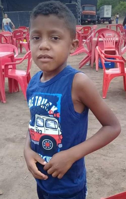 Menino de oito anos morre após ser atingido por raio no interior do Piauí