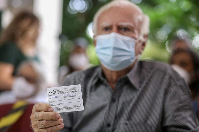 """""""Até abril, queremos vacinar 700 mil pessoas no Piauí"""", afirma governador"""