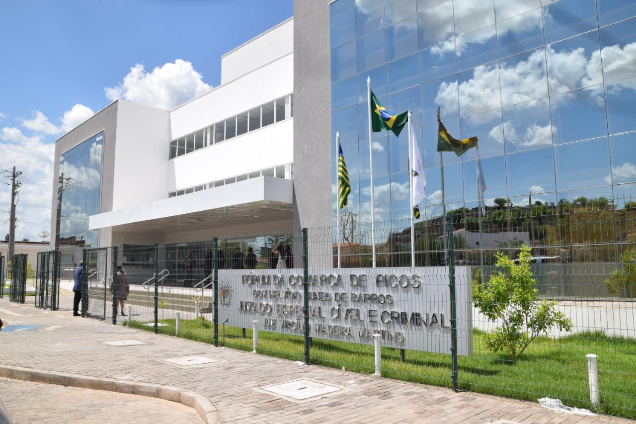 Com investimento de R$ 9,7 milhões, TJ-PI inaugura novo Fórum e Juizado Especial Cível e Criminal da comarca de Picos