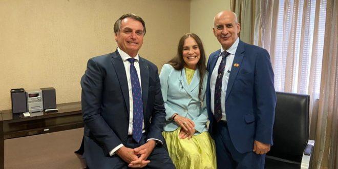 Regina Duarte aceita convite de Bolsonaro para Secretaria de Cultura