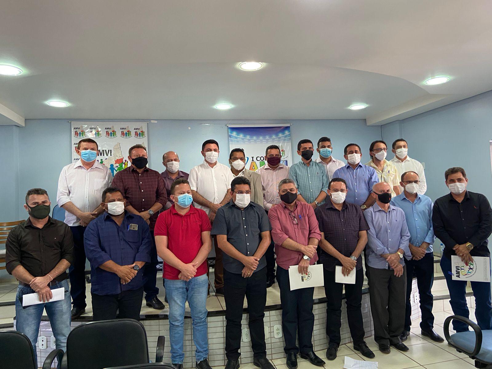 Em Picos, AMVI promove encontro com prefeitos e discute melhorias para a Região do Vale do Itaim