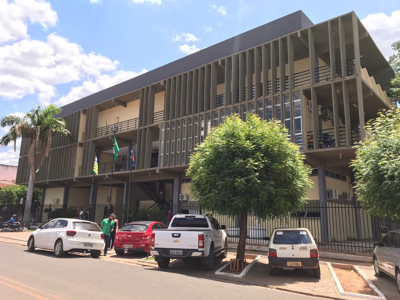 Prefeitura de Picos emite nota de esclarecimento sobre manifestação do SINDSERM