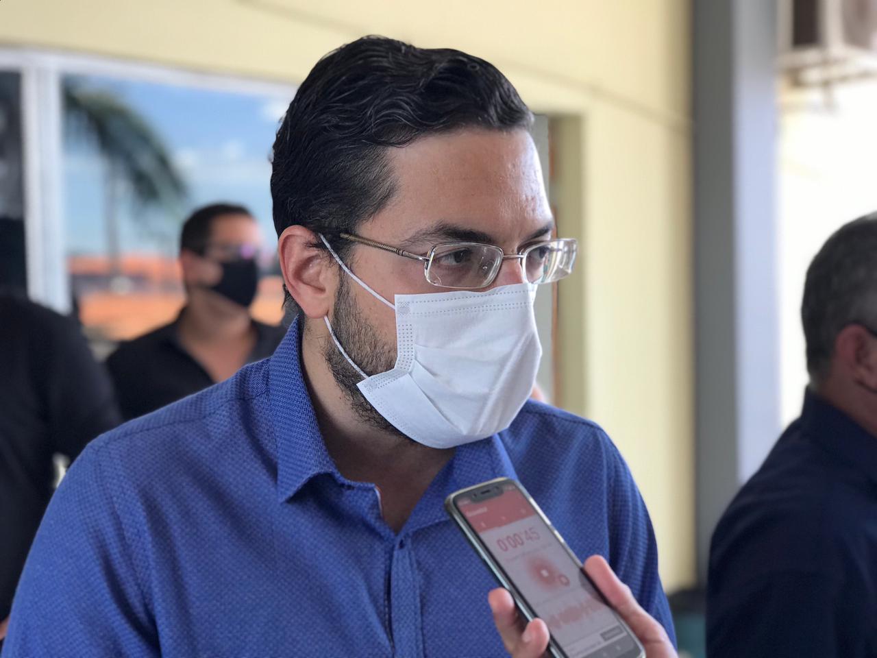 Em Picos, Secretário de Saúde fala sobre a possibilidade de inclusão de Jornalistas na vacinação contra a Covid-19