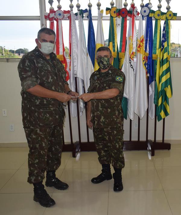 Comandante do 3o BEC recebe promoção