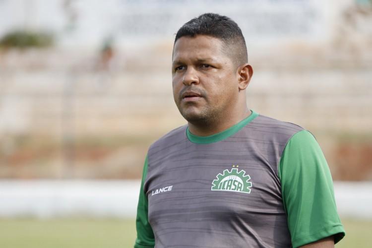 Técnico Washington Luiz se desliga da SEP