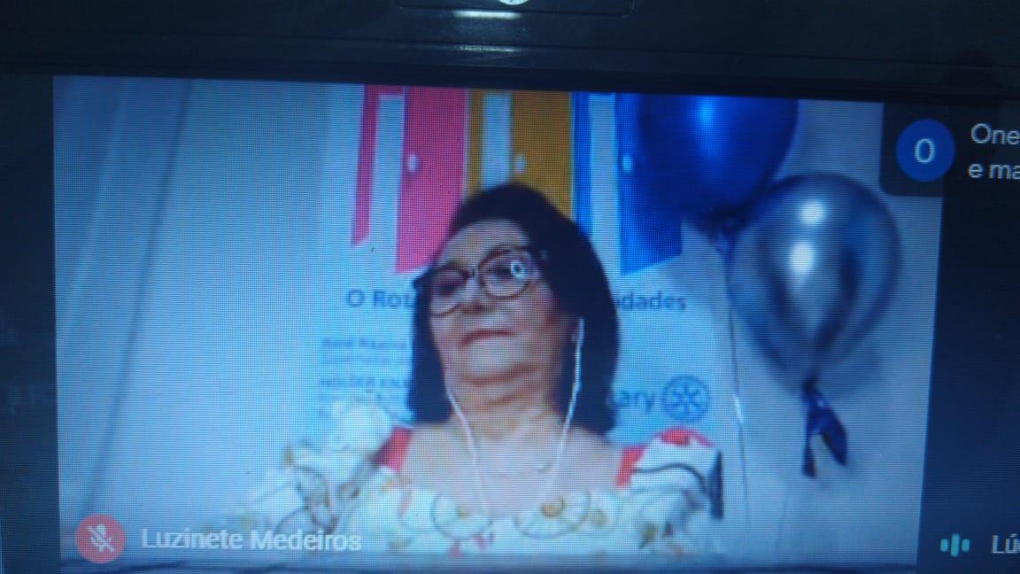 Luzinete é empossada presidente do Rotary Clube de Picos