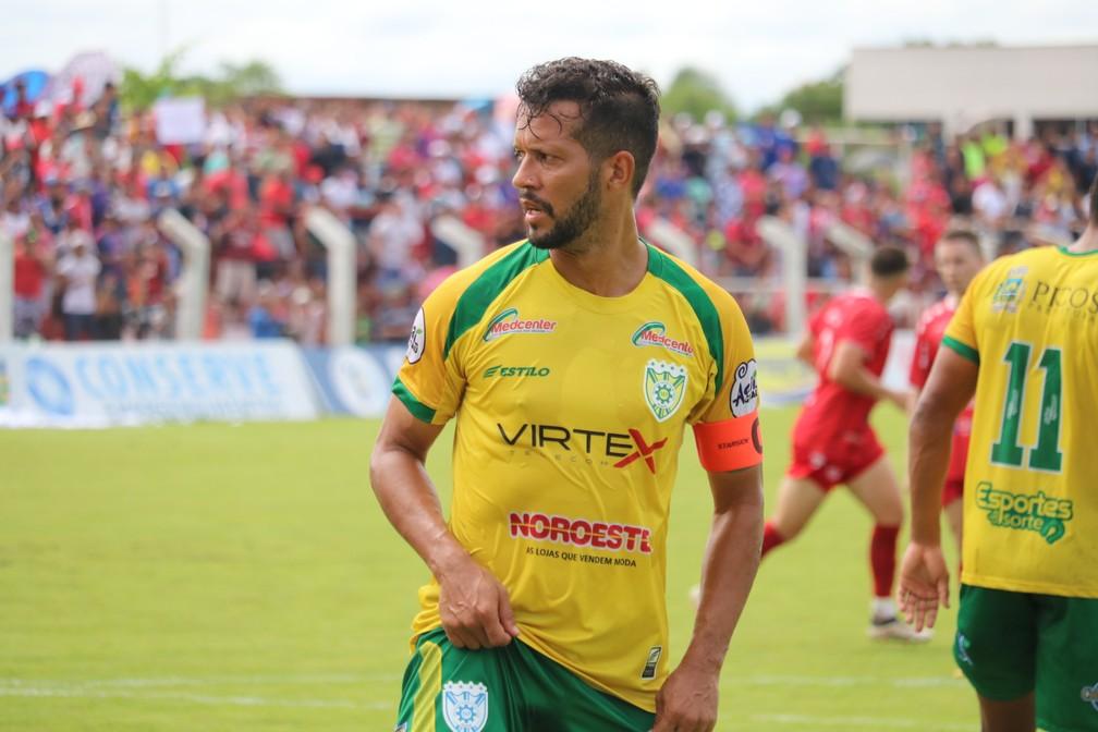 Raphael Freitas renova contrato com a SEP para temporada 2021