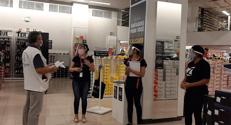 Shoppings reabrem próxima semana e vigilância sanitária alerta sobre cuidados