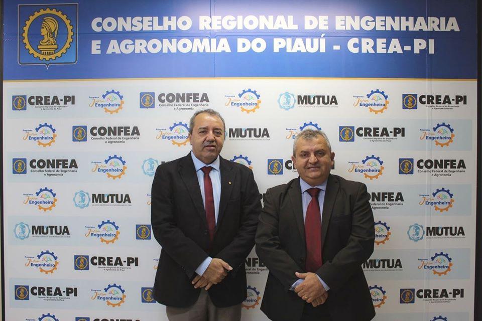 Antônio Moura Fé, recebeu na tarde desta quarta-feira (04), o presidente em exercício do Conselho Regional de Medicina do Piauí  Dr. João Moura Fé