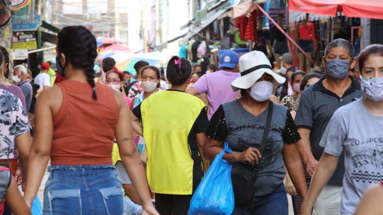 Bolsonaro veta suspensão de cadastros negativos durante pandemia