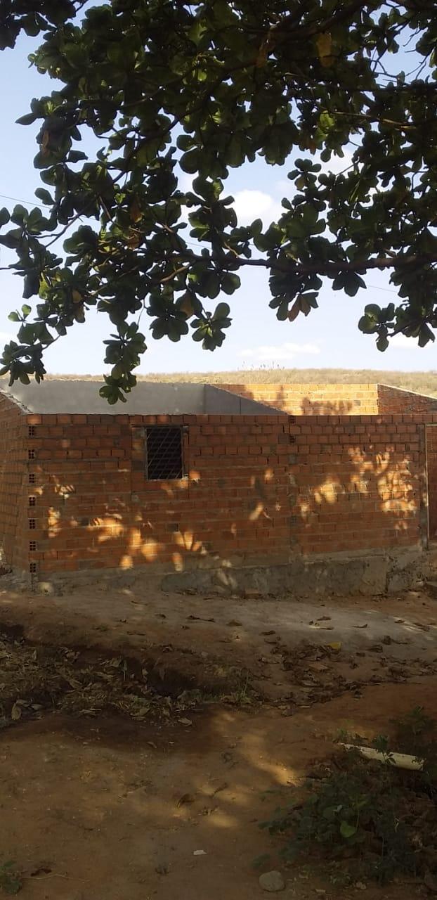 Moradores criam movimento pela conclusão da construção de casa no bairro Morada do Sol em Picos
