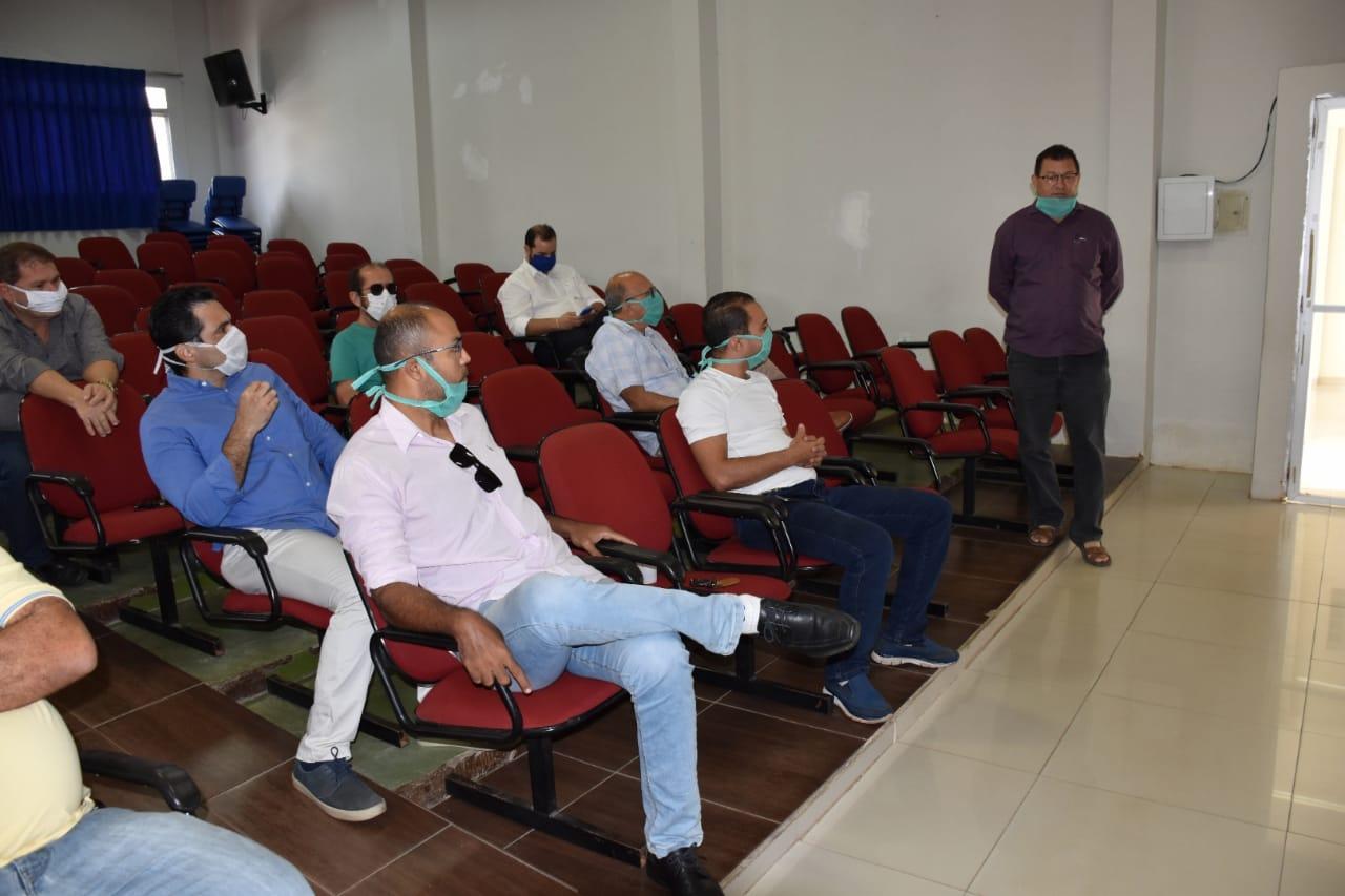 Vereador Chaguinha solicita abertura do açougue Municipal todos os dias