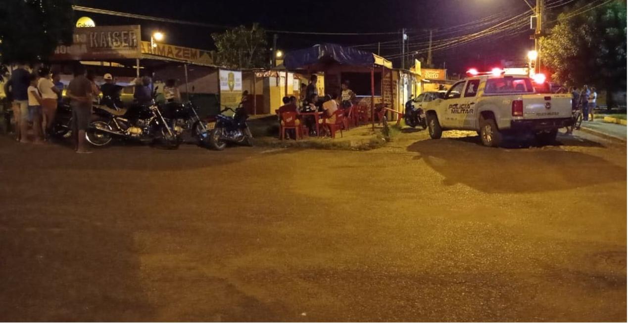 Dono de trailer é morto enquanto trabalhava no bairro Junco, em Picos