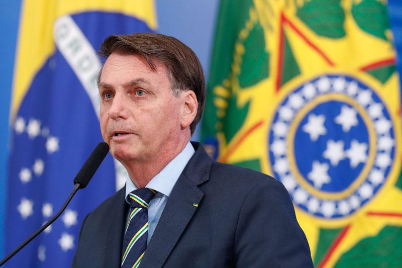 Bolsonaro: é possível reduzir em ao menos 10% preço de combustível sem 'canetada'
