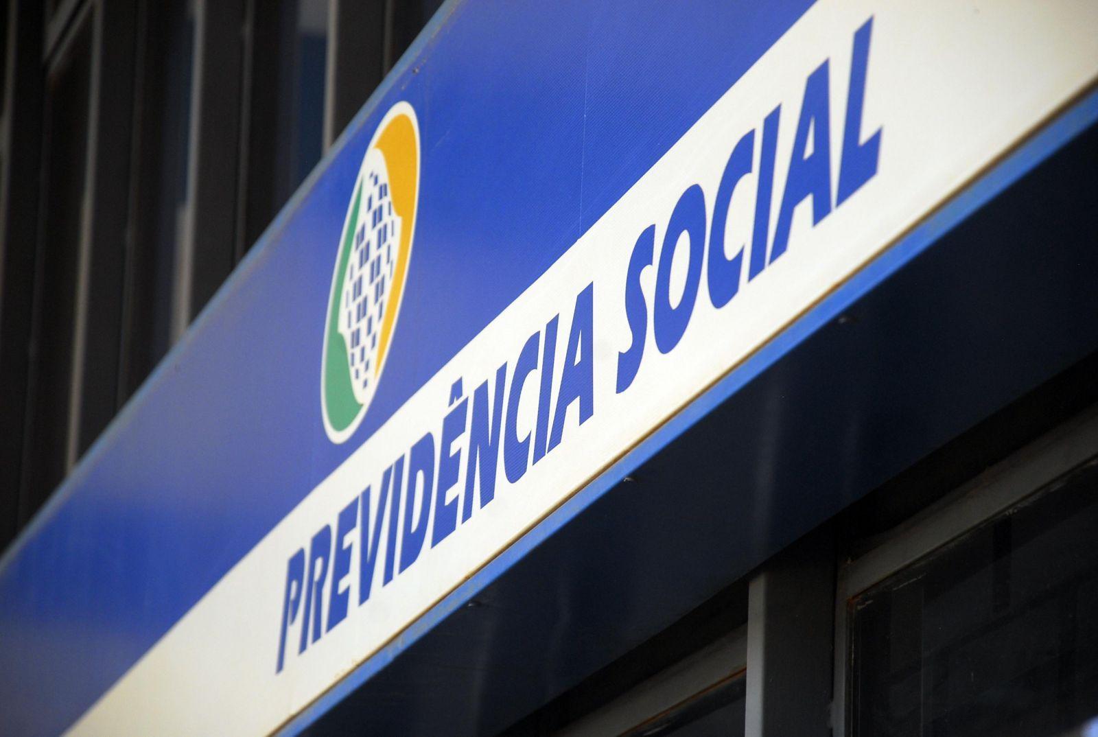 Dez agências do INSS retomam atendimento presencial por agendamento no Piauí