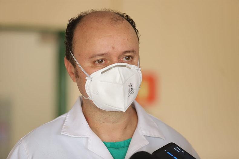 Pacientes de Manaus estão na UTI e na semi-intensiva; são 3 homens e 6 mulheres
