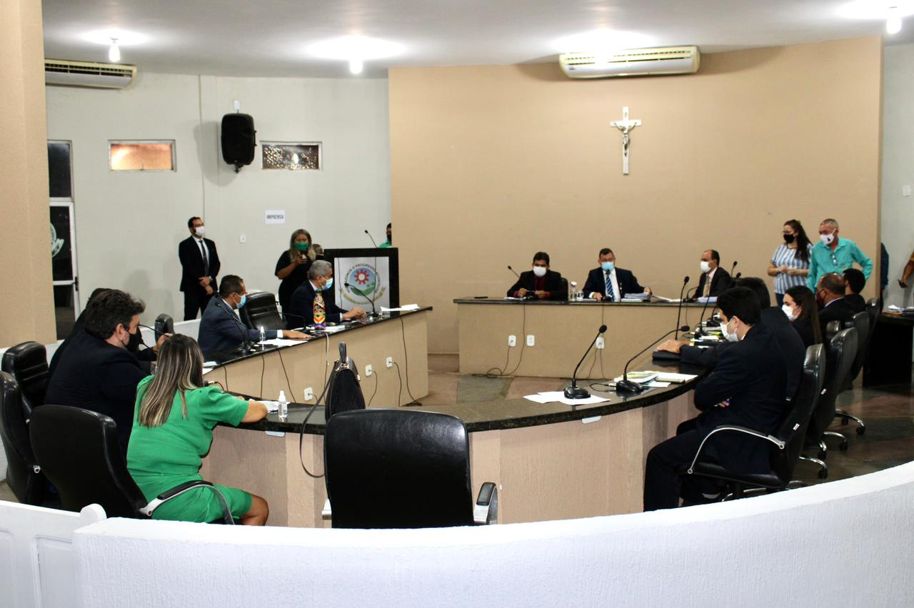 Vereadores encerram os trabalhos do primeiro semestre no legislativo picoense