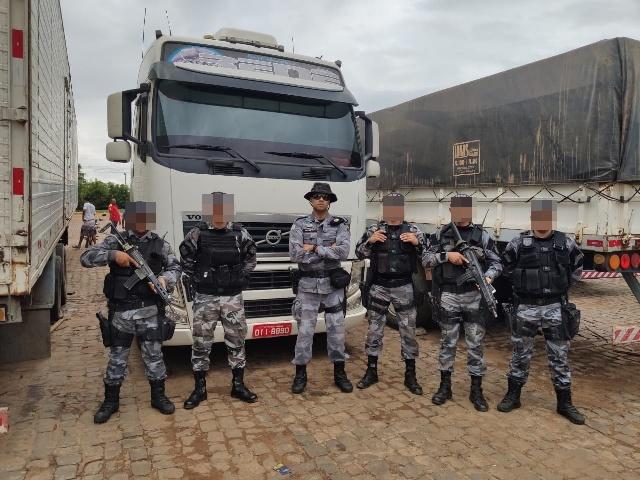 Polícia Militar de Picos recupera carreta roubada