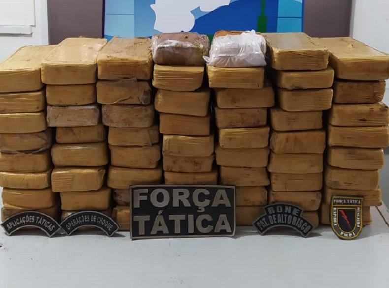 Homem é preso ao tentar entrar no Piauí com 59 tabletes de maconha