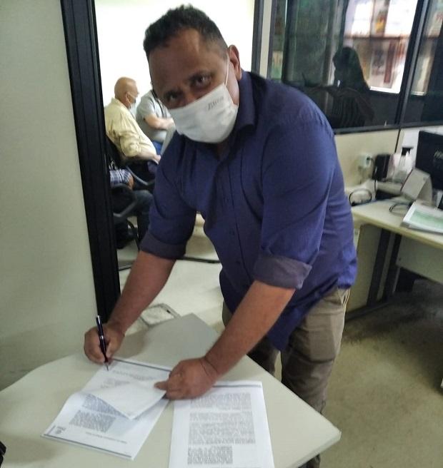 Prefeitura de Itainópolis-PI e Secretaria Estadual de Turismo assinam termo de cooperação para execução de obras de pavimentação