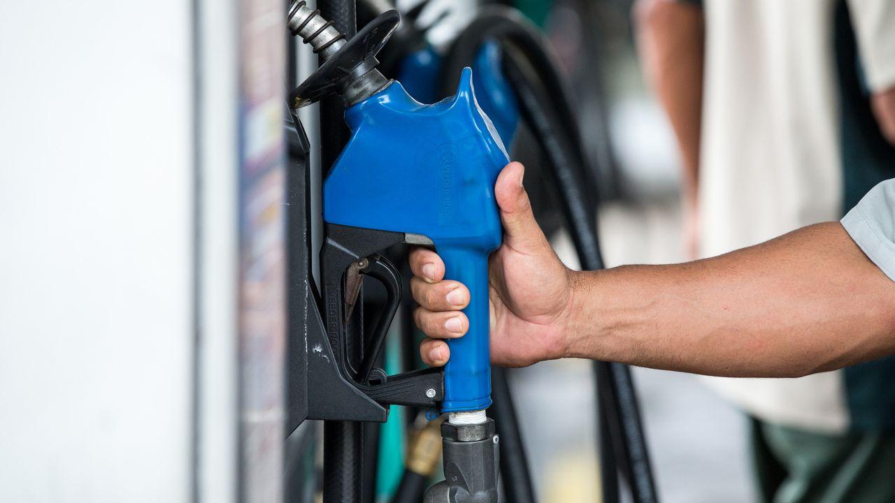 Petrobras reduz preço da gasolina em 1,9% nas refinarias