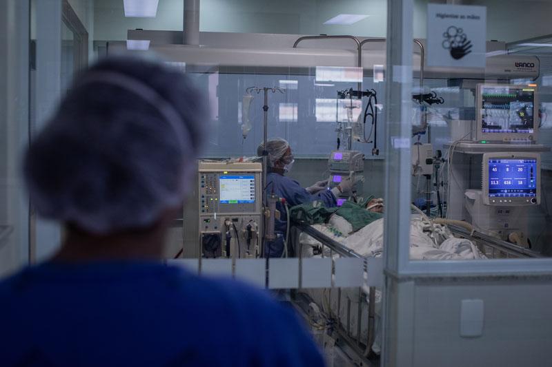 HUT chega a 100% da capacidade das UTIs para pacientes com a covid-19