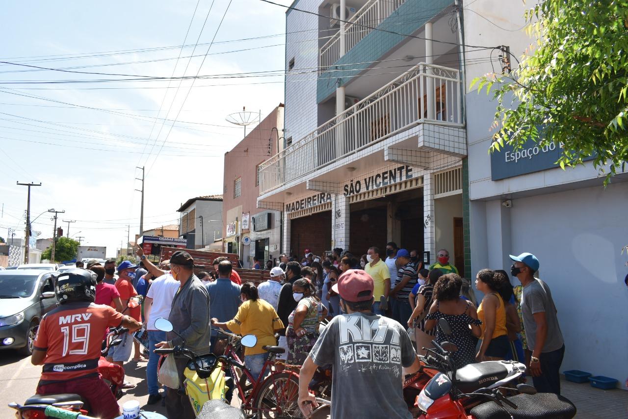 Em Picos, jovem sofre choque elétrico e cai de prédio