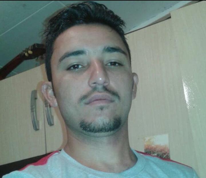Jovem é assassinado a pauladas em cachoeira no município de Valença