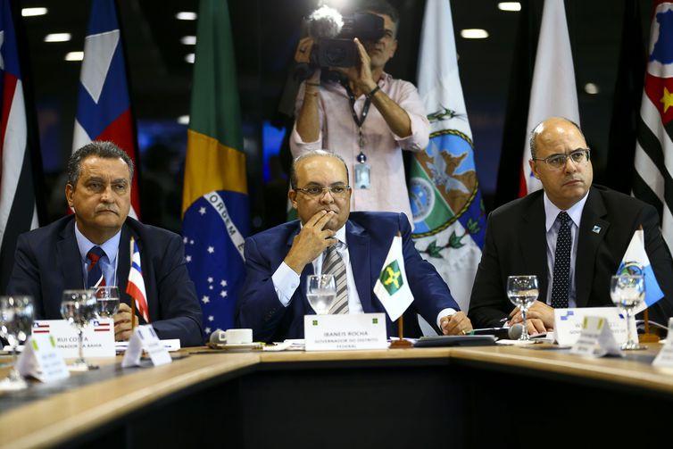 ICMS e Fundeb dominam pauta em reunião de governadores