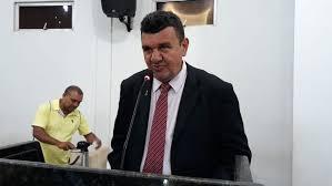 Vereador Simão Carvalho é internado no HRJL