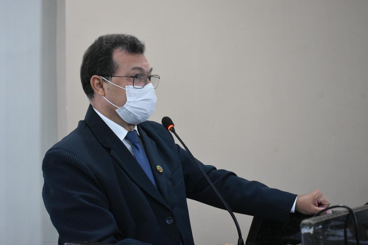 Vereador Chaguinha  solicita audiência pública na área da saúde e retomada de construção da ponte no bairro Ipueiras
