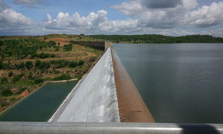 Brasil tem 156 barragens em situação crítica, diz relatório