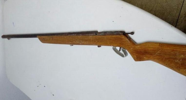 Em Geminiano, homem é detido por posse ilegal de arma de fogo