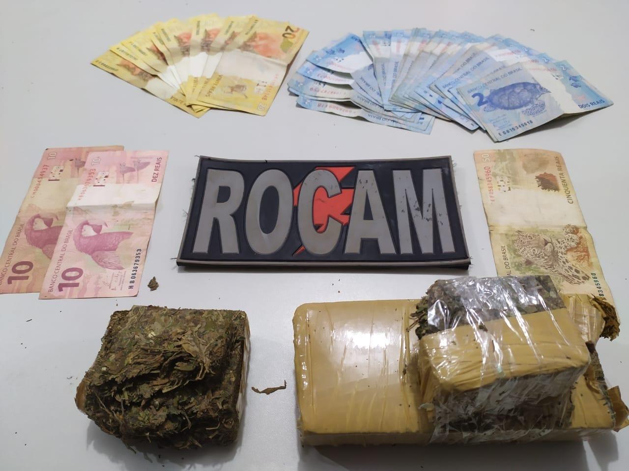 *ROCAM DE PICOS APRENDE MAIS MEIO QUILO DE MACONHA E CONDUZ DOIS SUSPEITOS POR TRÁFICO DE DROGAS*