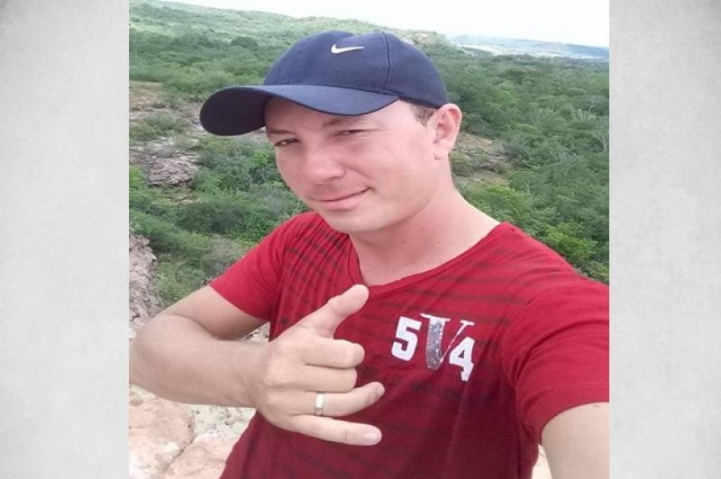 Motociclista morre após colisão entre moto e carreta na BR-316, em Picos