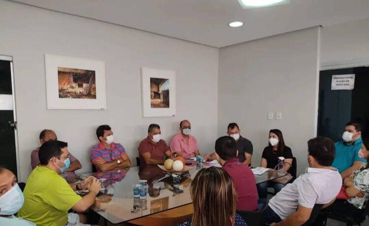 Em reunião, vereadores debatem retorno das aulas presenciais nas escolas municipais de Picos