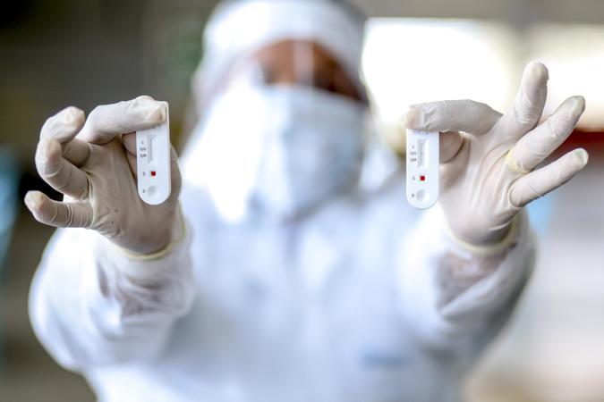 Variante Delta tem alto poder de transmissibilidade, alerta médico infectologista