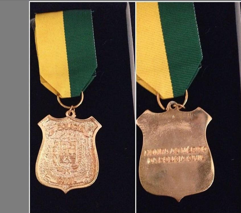 Policiais Civis de Picos recebem medalha de 'mérito policial' por relevantes serviços prestados à sociedade picoense