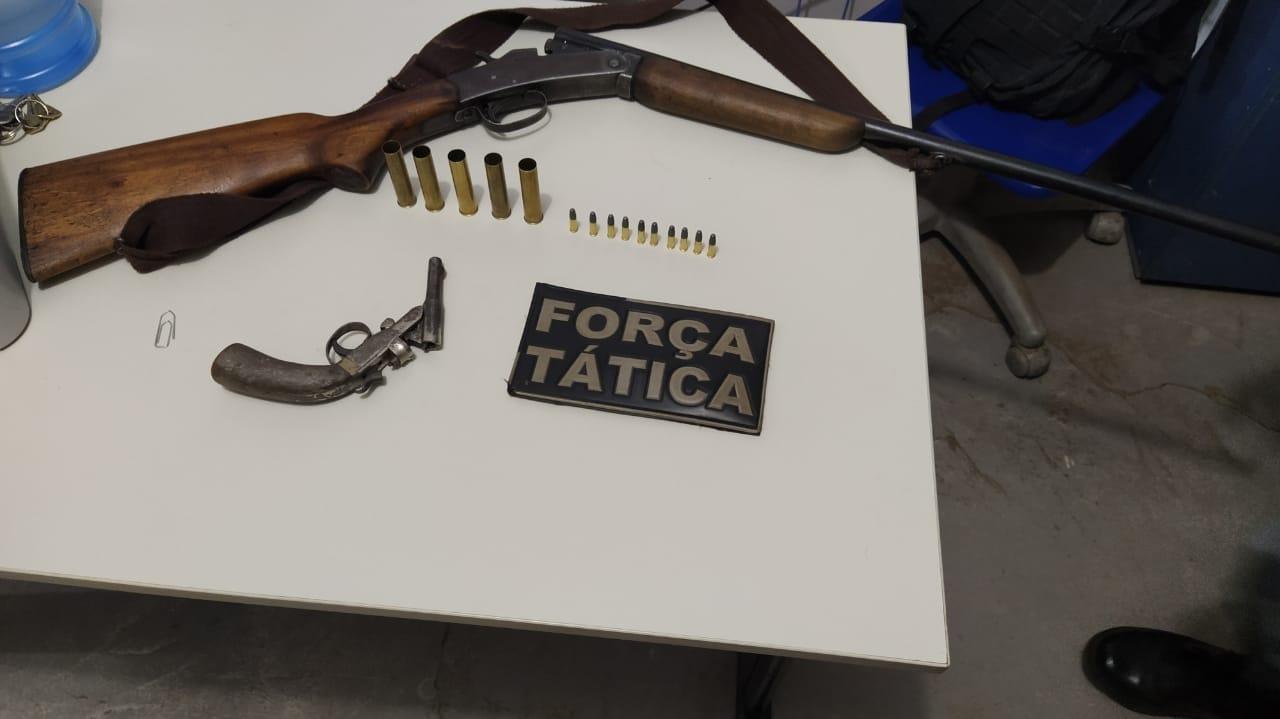 Após causar momento de terror no povoado Coroatá, homem é preso e duas armas de fogo são apreendidas