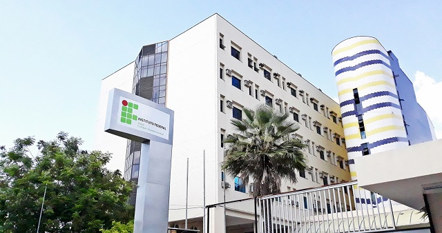 IFPI abre seleção para professor com salário de até R$ 5 mil