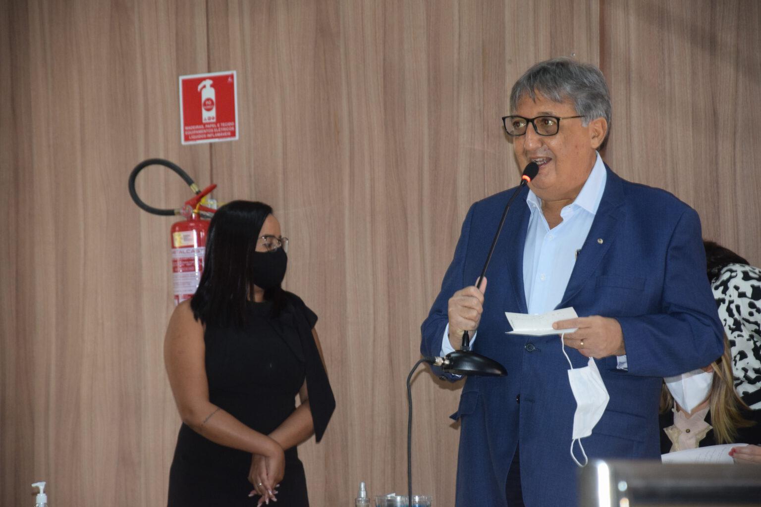 Carlos Luís....Nunes de Barros!